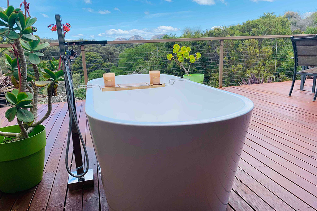 Hazards View Beach House Bathtubs with a view East Coast Tasmania